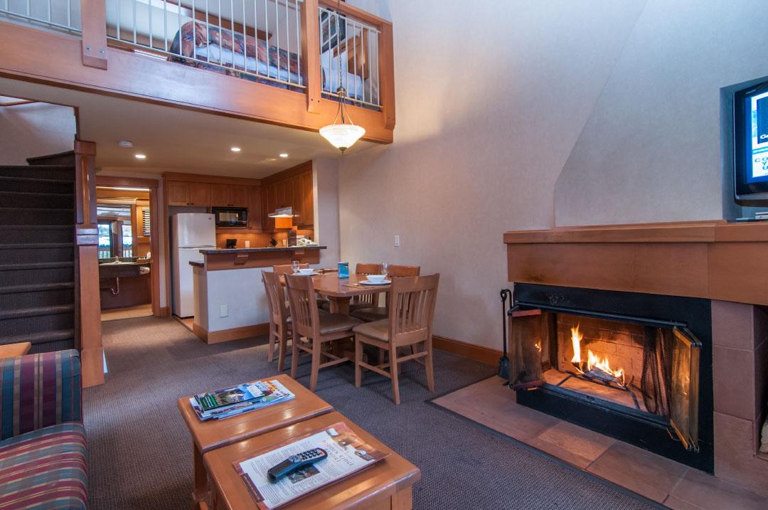 the premier two bedroom loft condo at the hidden ridge. Black Bedroom Furniture Sets. Home Design Ideas