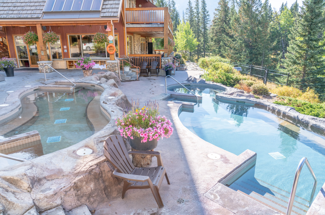 Banff Hidden Ridge Resort Hot Pools