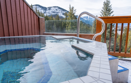 Premier King Condo with Hot Tub